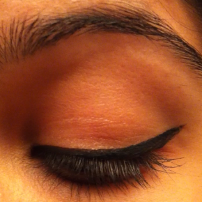 TGIF tip #22 – a winged liner video tutorial!